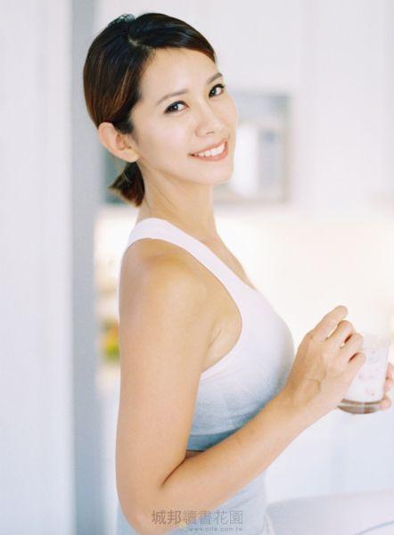 超人氣部落客Stay fit with Mi 的健身食譜:低卡、低GI、高蛋白飲食計畫常備菜